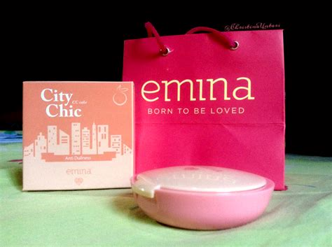 Bedak Padat Compact Powder Kosmetik Emina 3 Review Emina City Chic Cc Cake Shade Absurd