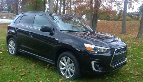mitsubishi crossover 2015 review 2015 mitsubishi outlander an dwellers