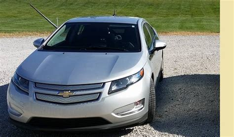 chevy volt solar charger chevy volt owner shares how to avoid charging hassle with
