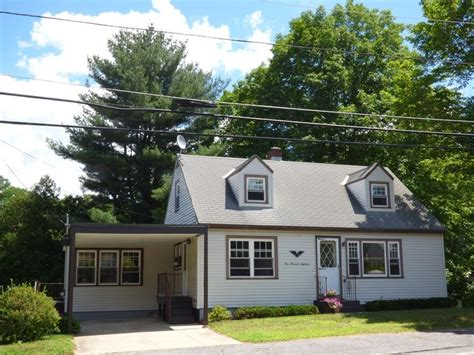 leominster home 118 pond st leominster ma 01453 mls 72189675