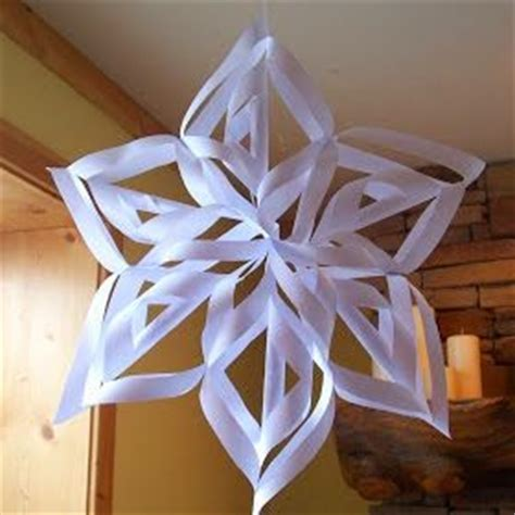 the princess birthday blog frozen diy snowflake decorations