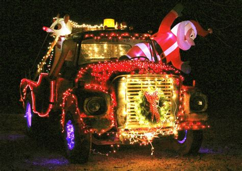 trucks decorated for christmas 80 trucks decorated for