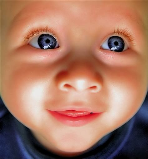 baby wallpaper blue eyes baby with beautiful blue eyes baby wallpapers chainimage