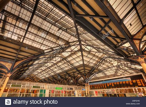 liverpool station roof intricate cast iron glazed engineering and