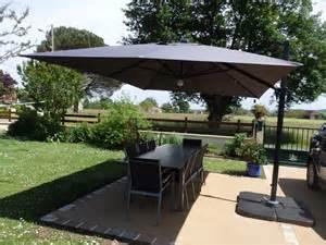 Délicieux Salon De Jardin En Soldes #3: photo-parasol-deporte-solaire-led-3x4m-hu3x4led-1464353619.JPG