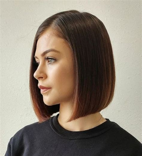 one length long bobs parted in the middle 50 spectacular blunt bob hairstyles