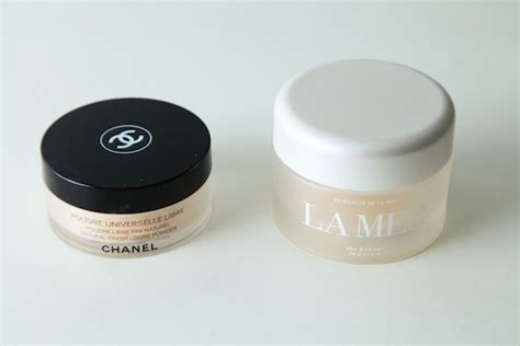 Harga Chanel Poudre Universelle battle of the week la mer vs chanel powder