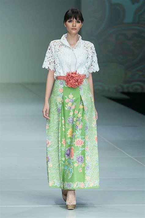 Baju Dress Batik Dahlia ipmi trend show 2015 stephanus hamy the actual style batik songket tenun ehmm truly