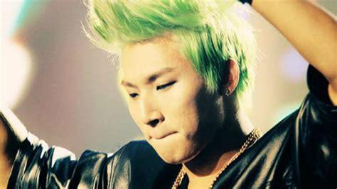 big bang hairstyles 10 of bigbang s craziest hairstyles sbs popasia