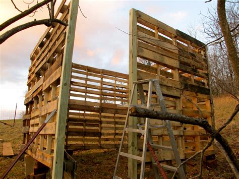 build  recycled wood pallets hubpages