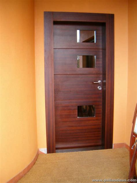 puerta de entrada madera puertas de entrada a coru 241 a carpinter 237 a pallas deus