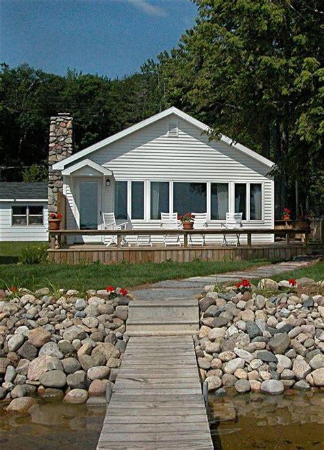 douglas rentals lake front cottage on douglas lake near vrbo