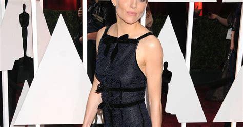 Oscars Trend Noir by Miller Joue La Carte Du Chic Absolu Avec Cette Robe