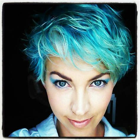 turcquoise short hair styles blue turquoise teal pastel blue ocean sea punk hair