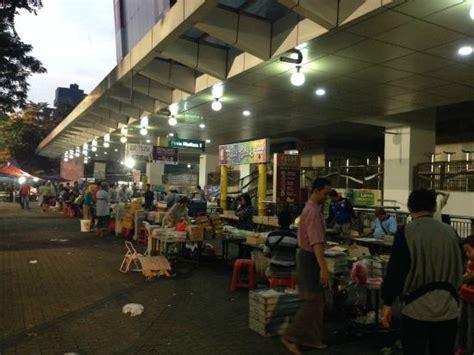 trade mall bagi masyarakat kebanyakan  dekat terminal