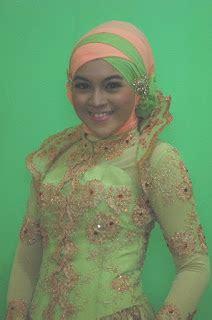 muwafiq kreasi jilbab dan make up natural untuk anda jilbab muslimah kreasi jilbab wisuda