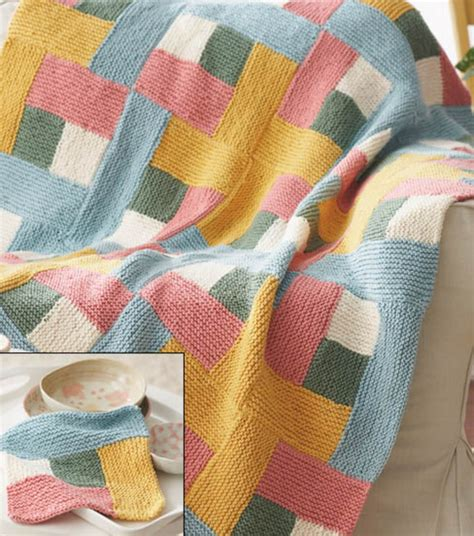 Craftdrawer Crafts Free Quilt Pattern Patchwork Throw - modern log cabin quilt 20 images craftdrawer crafts