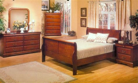 Louis Philippe King Sleigh Bedroom Set by Dreamfurniture Louis Philippe California King Louis