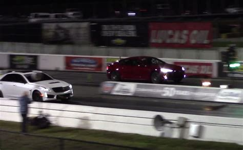 tesla quarter mile tesla model s p100d sets new 1 4 mile record