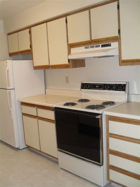 These 70's Kitchen Cabinets Are An Eyesore!