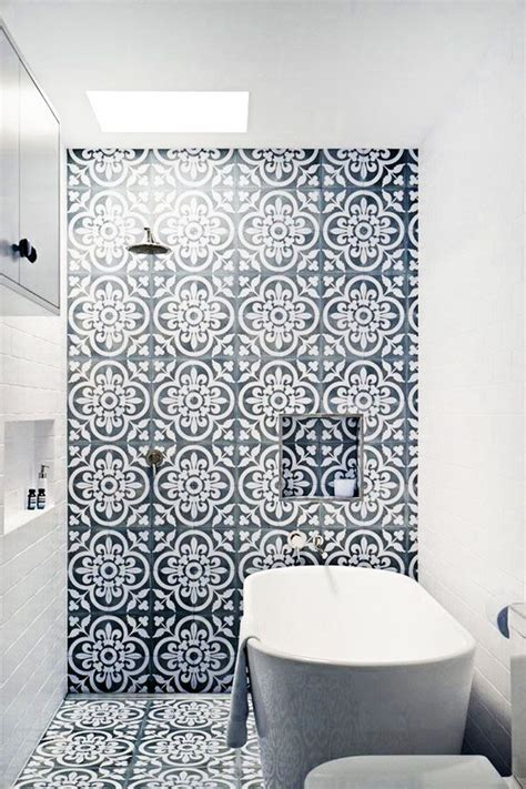 piastrelle con disegni oltre 25 fantastiche idee su piastrelle per bagno vintage