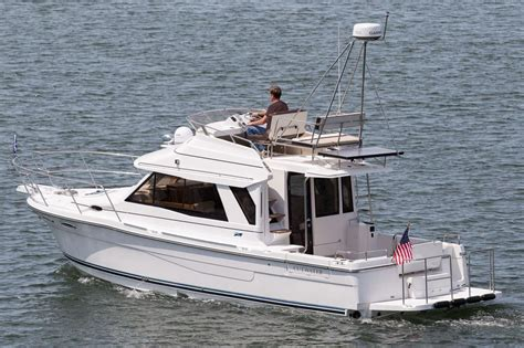 boat manufacturers long island ny 2017 cutwater c 30 cb yacht for sale in long island ny