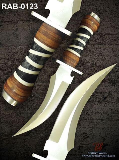 armeria antica porta titano oltre 25 fantastiche idee su coltelli e spade su