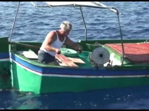 pesca allo sgombro porto garibaldi pesca allo sgombro troppo facile ma vero funnydog tv