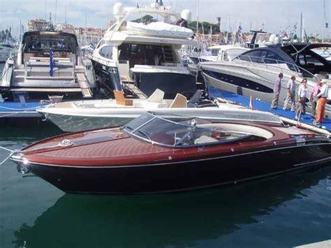 riva boats wood riva wood boats riva speed boat love the wood