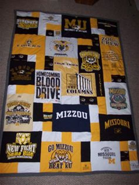 t shirt quilt pattern with different size blocks 1000 images about quilt patterns t shirt quilt on