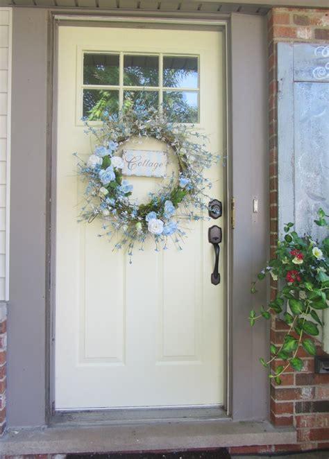 chic cottage front door design  entry white door