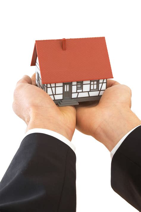 pitfalls of buying a house protect your client s pocket against the pitfalls of buying a house lexelle ltd