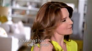 what color garnier hair color does tina fey use pictures of tina fey commerical for garnier hair color