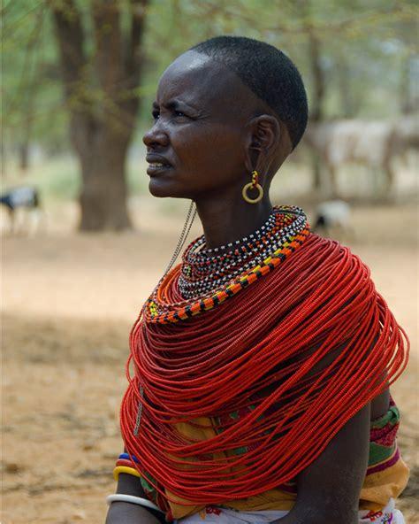 masai women the maasai necklace pret amoda style files