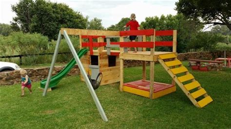 Backyard Toddler Toys 25 Fun Pallet Projects Your Kids Will Appreciate