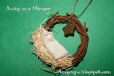 away in a manger ornament diy i can make these ornies