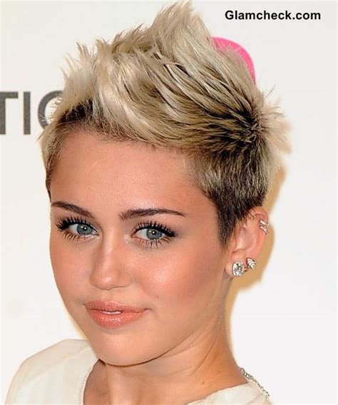 does miley cyrus have stretched lobes the gallery for gt cartilage piercing guy