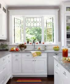 kitchen windows ideas 25 best ideas about kitchen bay windows on bay window seats diy bay windows and