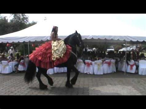 imagenes de quinceañeras vaqueras el vals de andrea en sus caballos youtube