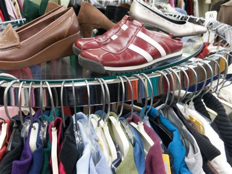 shoes clothes 5 insider tips for going vintage shopping