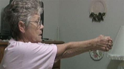 911 call woman shoots intruder 2013 dodge