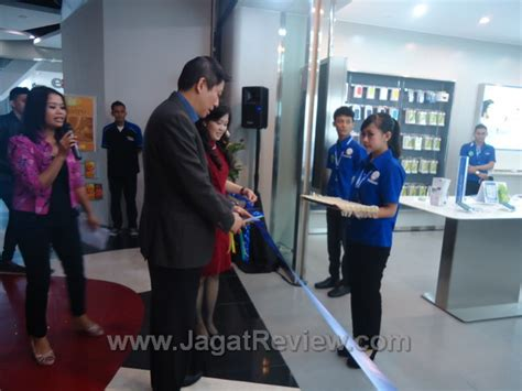Samsung S3 Okeshop samsung experiential shop hadir di plaza indonesia dengan segudang promo jagat review