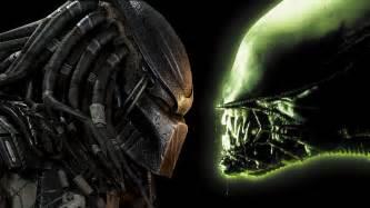 alien predator invade game soldiers bloody disgusting