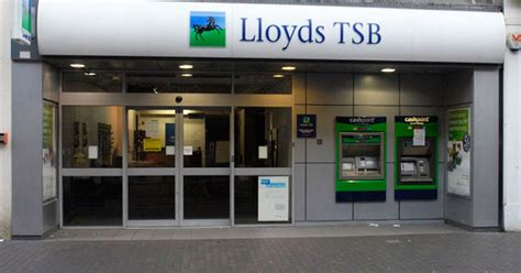 lloyds bank price lloyds banking shares pass government s even