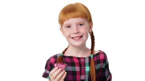 heie girls 2 erotikspiele degamcorecom cute ginger girl with two pigtails smiling against gray