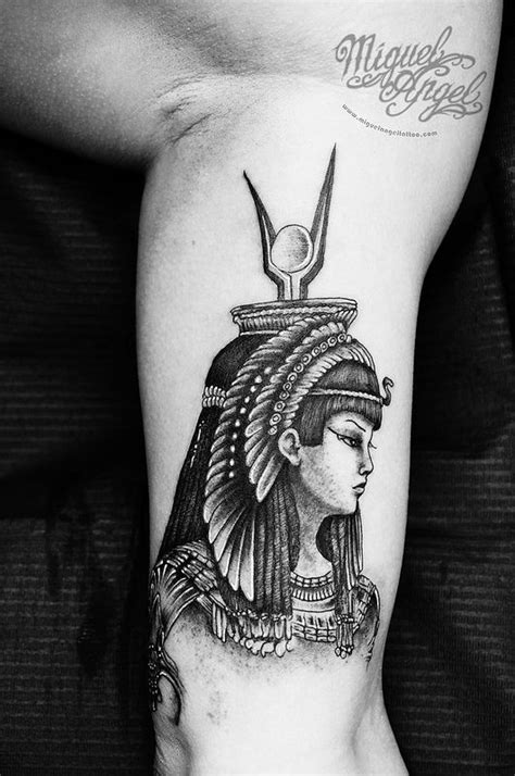 cleopatra tattoo 17 best images about tats on crown tattoos
