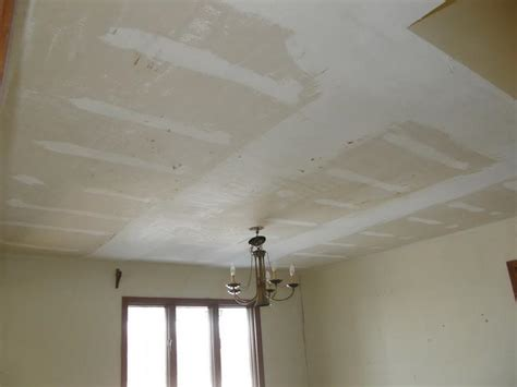 How To Remove Ceiling Paint by How To Remove Popcorn Ceilings Tips For Removing