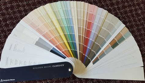 benjamin moore classic color fan deck hundreds  ben