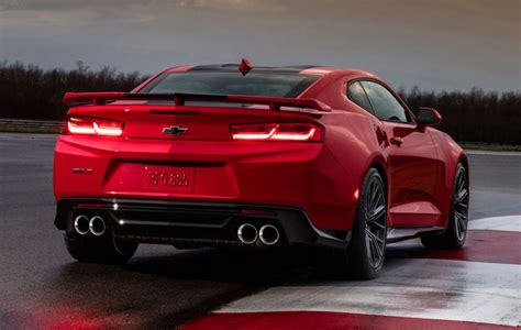 Chevy Camaro ZL1 Is The Ultimate Muscle Car With 6.2 liter V8