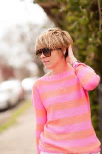 haircut with ear showing short hair long bangs tucked behind ear hairstyles pinterest cambridge satchel watches